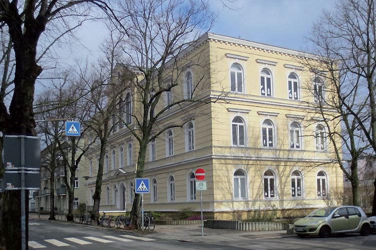 Sanierung Erweiterung Grundschule Heinrich Heine Projekte Koe Rostock